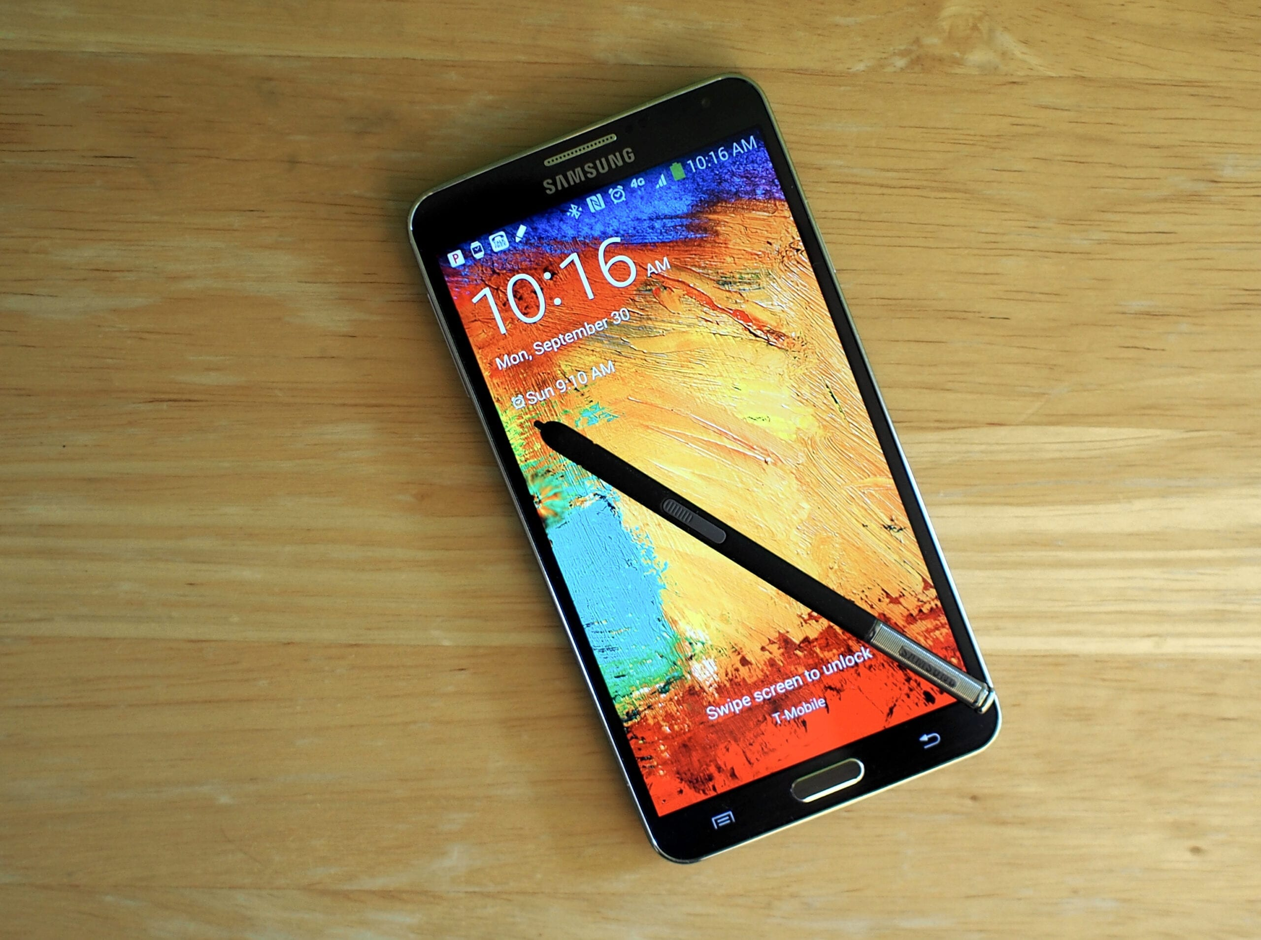 The first Samsung Galaxy Note 4 have manufacturing flaws