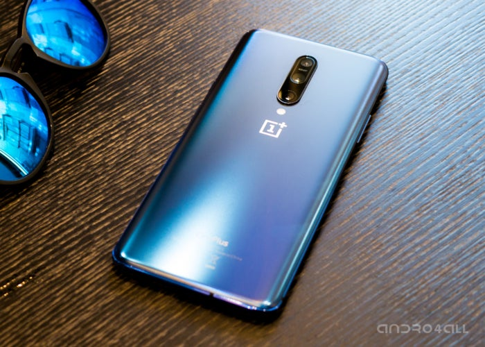 Blue color of the OnePlus 7 Pro