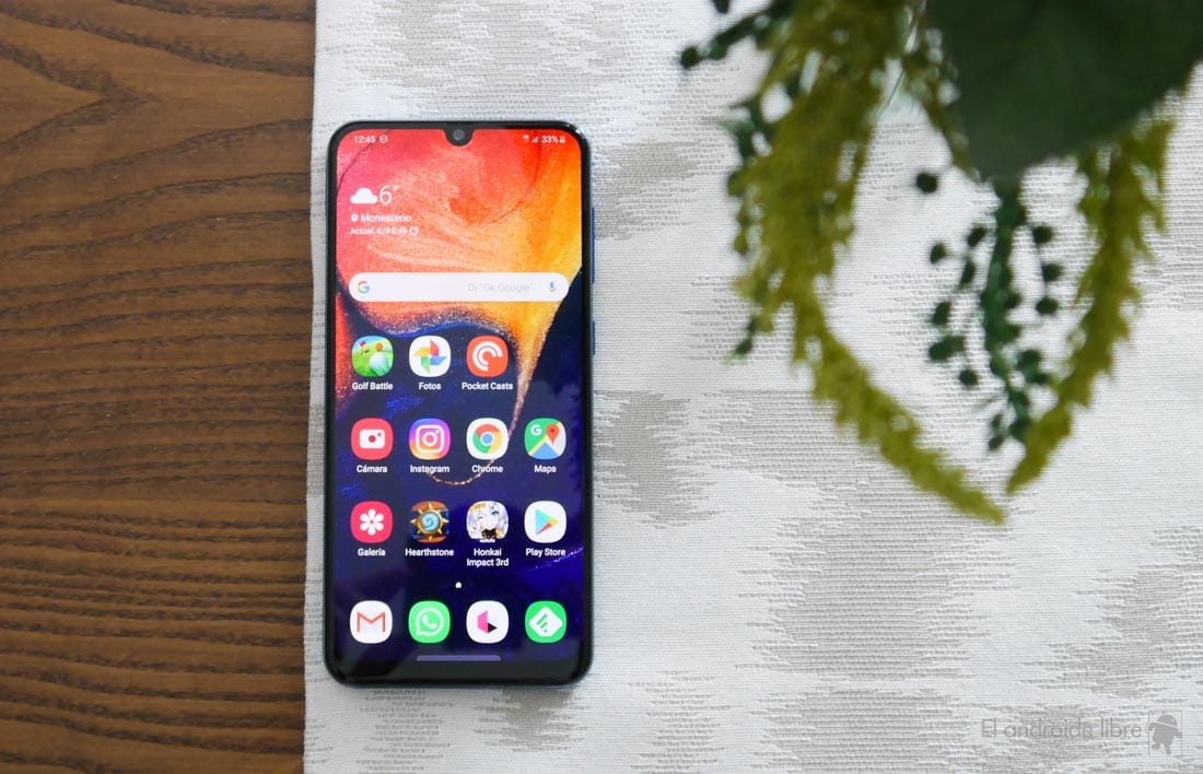 Galaxy A40, A50 and M20