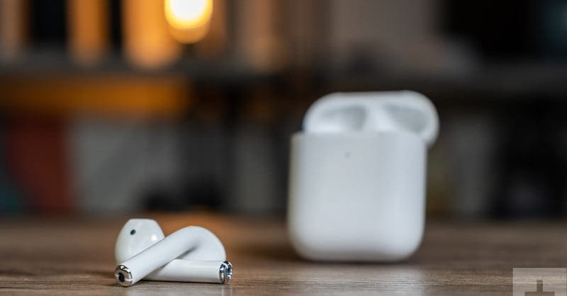 Review of second generation Apple AirPods headphones