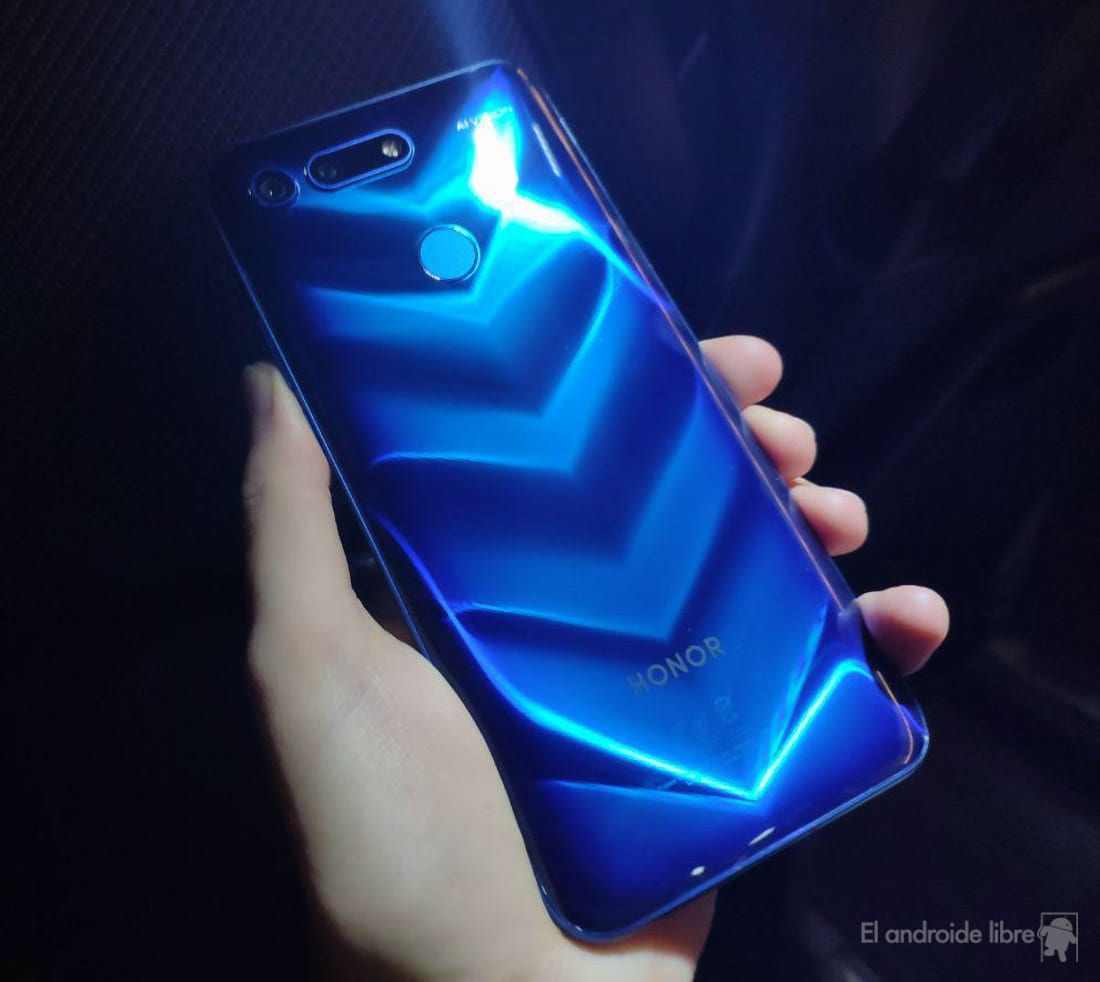 The Honor 20 and 20 Pro will be similar to the Huawei P30 and P30 Pro