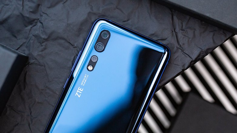 androidpit zte axon 10 pro main camera top