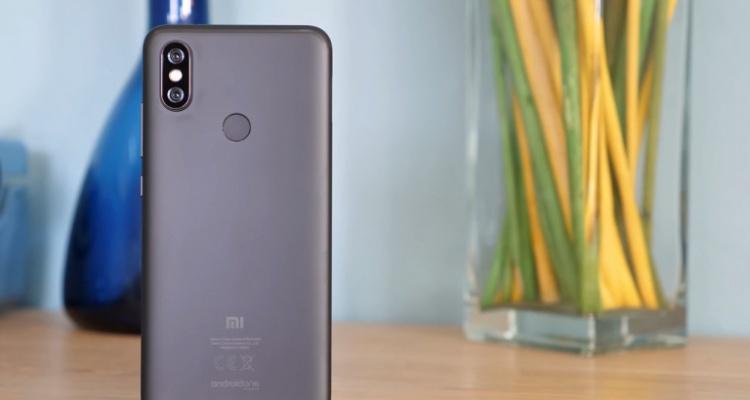 Xiaomi Mi A2 from behind
