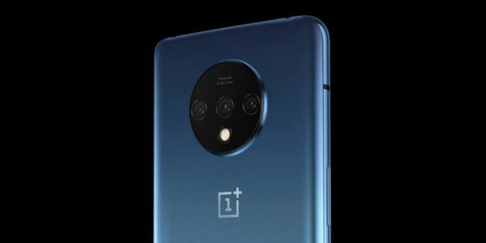 """oneplus 7t comparative camera """"width ="""" 700 """"height ="""" 350"""