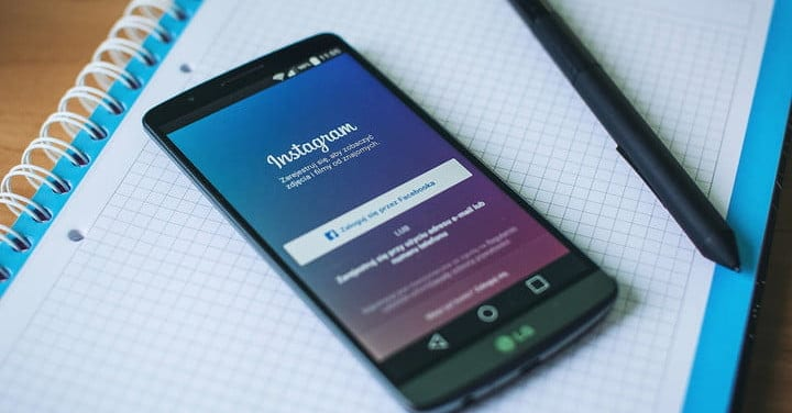 We explain how to link Instagram with Facebook