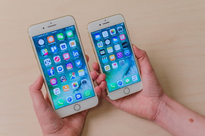 Two iPhone to learn how to sync Outlook calendar with iPhone
