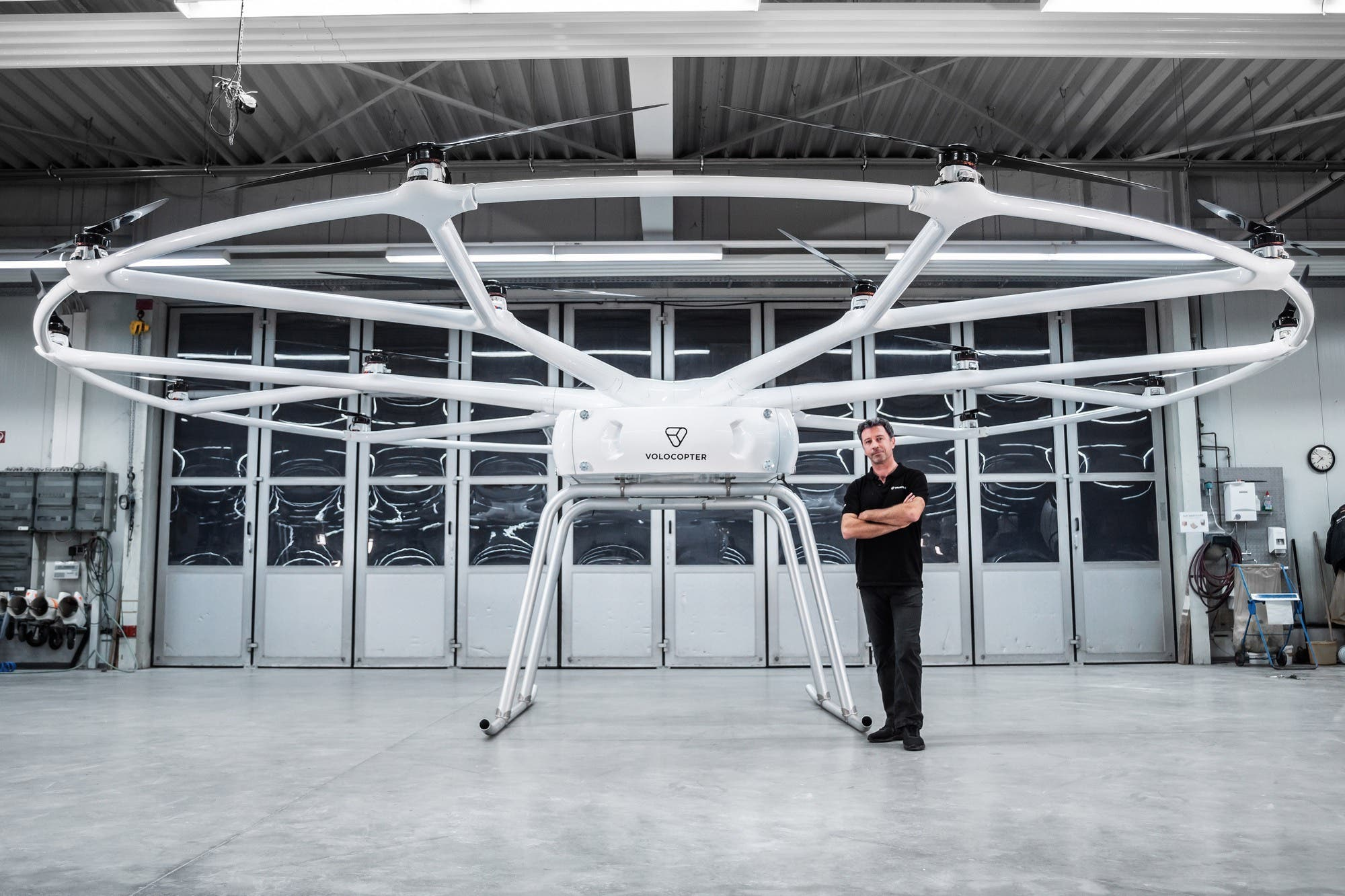 This is VoloDrone, the impressive drone that can carry up to 200 kilos