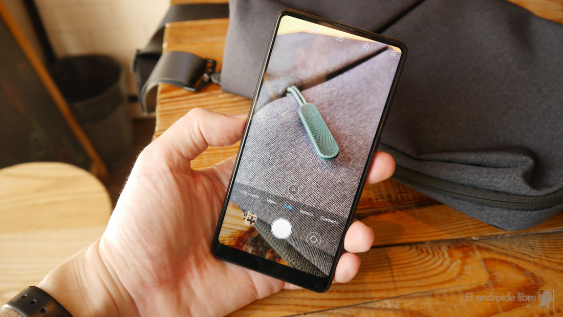 With the Xiaomi Mi MIX 2S you can try Android P soon