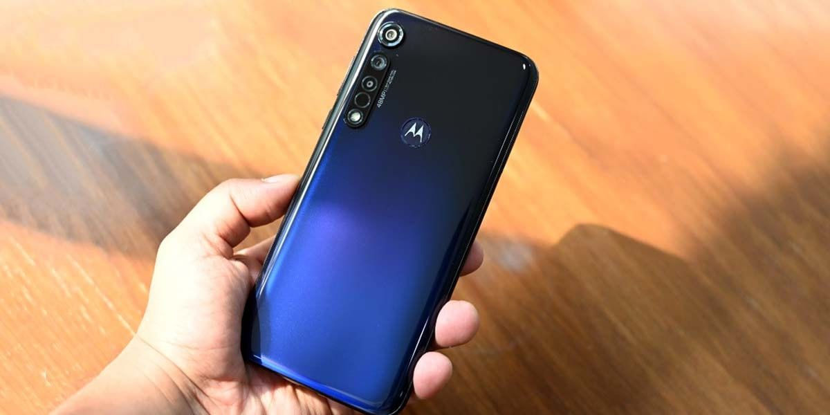 moto g8 plus features price availability
