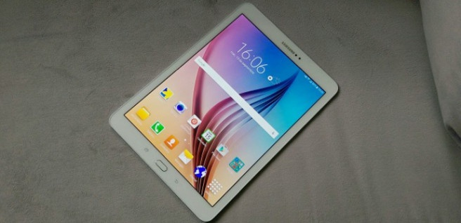 Galaxy Tab S2 screen