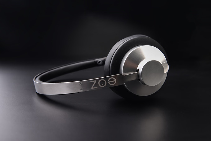 Appearance of the EOZ ARC headphones
