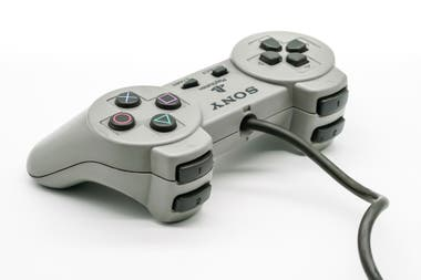 A command of the first PlayStation; had not yet incorporated the control levers