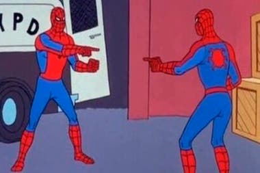 Spiderman's classic meme came out of a chapter of the 1967 animated series, called Double Identity