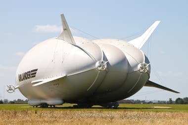 The back of a Airlander 10