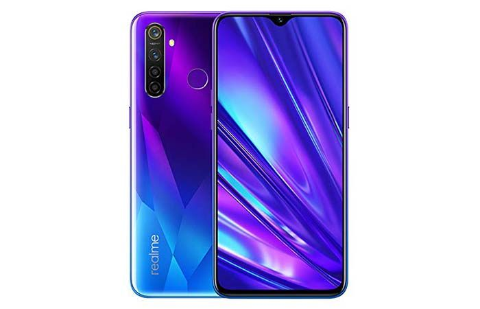 """Realme 5 pro buy Christmas less than 200 euros gift """"width ="""" 700 """"height ="""" 450"""