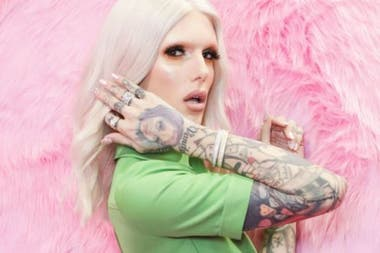 Jeffree Star has dozens of makeup tutorials