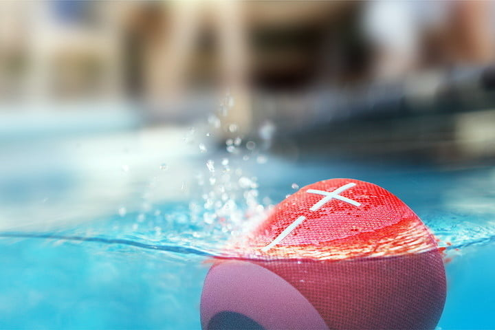 EU Wonderboom speaker floating on water | What is IPX protection?