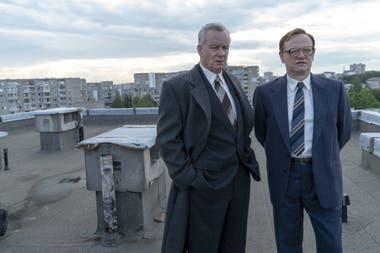 Stellan Skarsgard as Boris Shcherbina and Jared Harris as Valeri Legásov in Chernobyl, an HBO miniseries