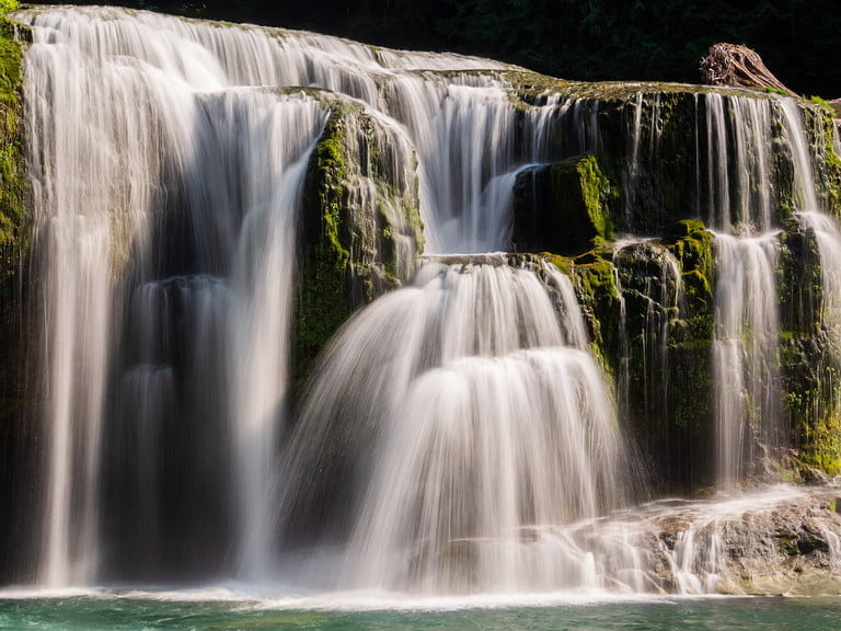 Photo of a waterfall taken with image stabilizer
