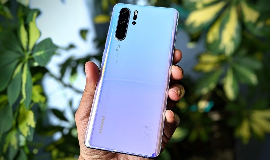 "huawei-p30-pro ""class ="" wp-image-586373 ""srcset ="" https://www.funzen.net/wp-content/uploads/2020/02/1580771546_641_These-are-the-phones-that-already-have-Android-10-in.jpg 880w, https: //img.unocero .com / 2019/06 / huawei-p30-pro-1-840x499.jpg 840w, https://img.unocero.com/2019/06/huawei-p30-pro-1-768x456.jpg 768w, https: / /img.unocero.com/2019/06/huawei-p30-pro-1-470x279.jpg 470w, https://img.unocero.com/2019/06/huawei-p30-pro-1-300x178.jpg 300w ""sizes ="" (max-width: 880px) 100vw, 880px ""/></span></figure><h2>LG</h2><ul><li>The company does not yet have an update calendar that it can share.</li></ul><h2>Xiaomi</h2><h4>Updated to Android 10 (beta version)</h4><ul><li>My 9</li><li>Mi 9 SE</li><li>My 9t</li><li>My MIX 3</li><li>My 8 (next stable version)</li></ul><h4>Upcoming Updates</h4><ul><li>Redmi Note 7 (first quarter 2020)</li><li>Redmi Note 8 (first half 2020)</li><li>Redmi Note 8 Pro (first half 2020)</li></ul> <figure class="