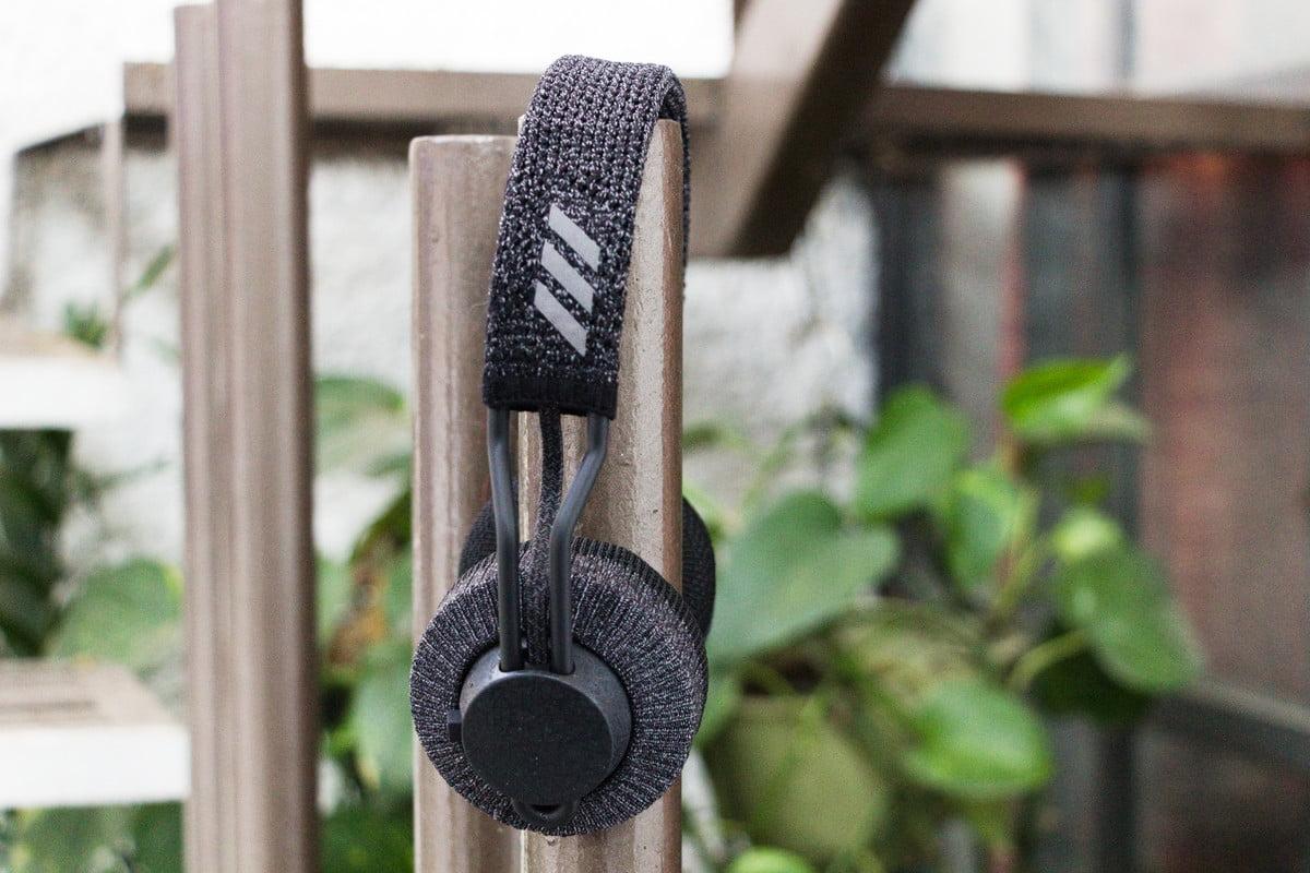 Use Adidas RPT-01 wireless headphones on a tube