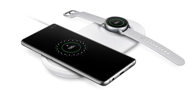 Galaxy S10 over Wireless Charger Duo Pad