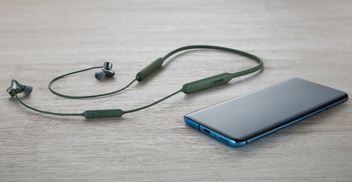 OnePlus7 together with headphones of the same brand