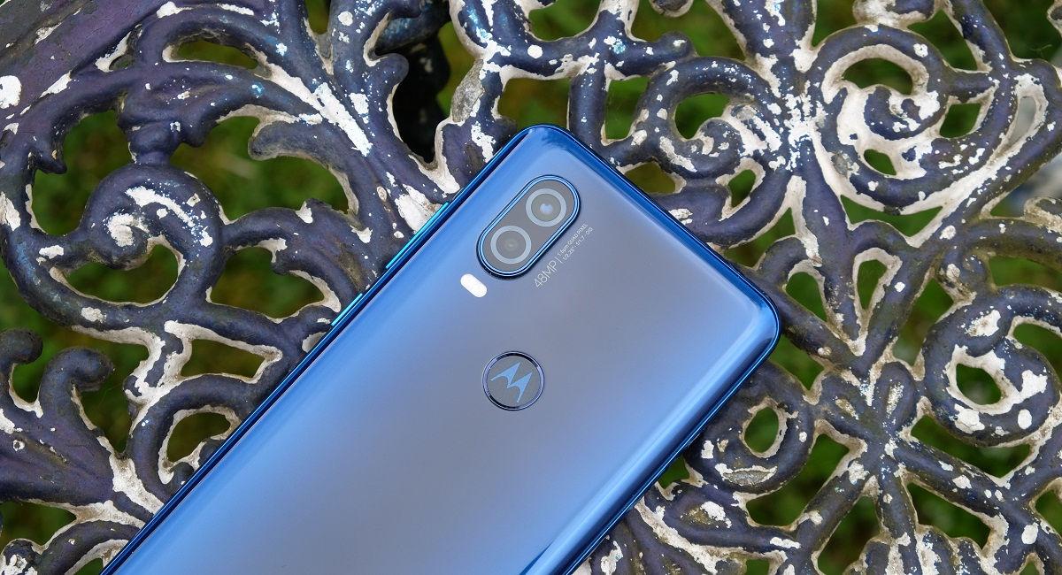 "Motorola One Hyper Cameras ""width ="" 1200 ""height ="" 650"