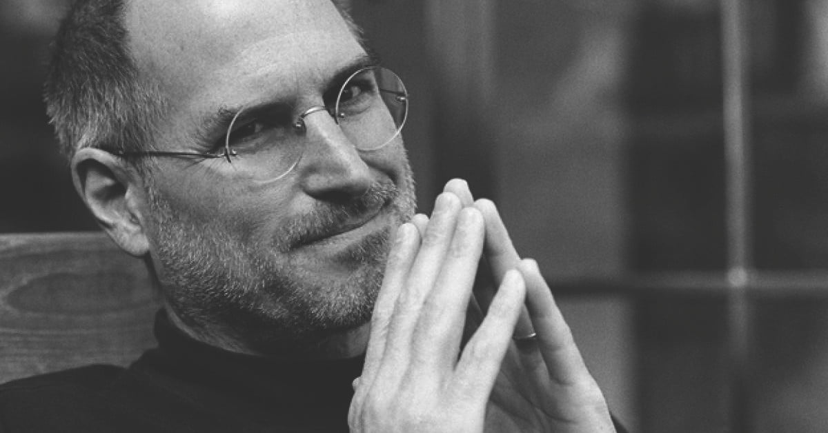 Steve Jobs will turn 65 today. Will you use a folding iPhone?