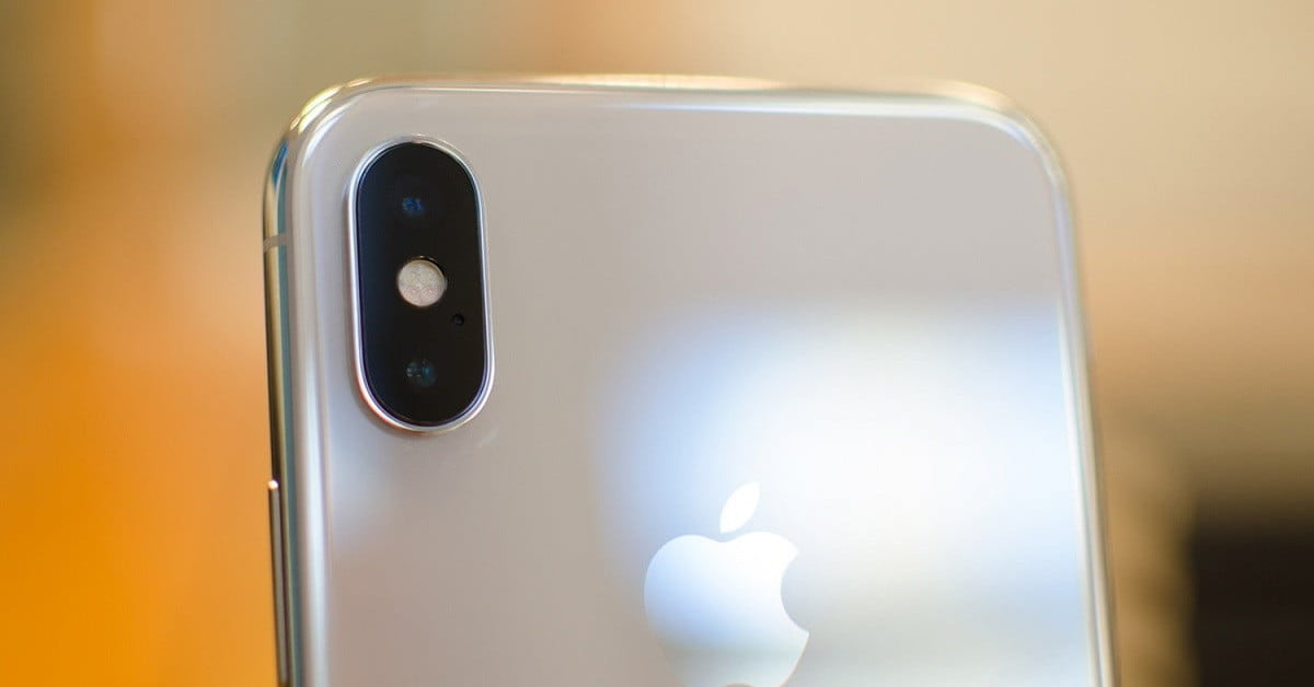 Apple opens third-party applications as default