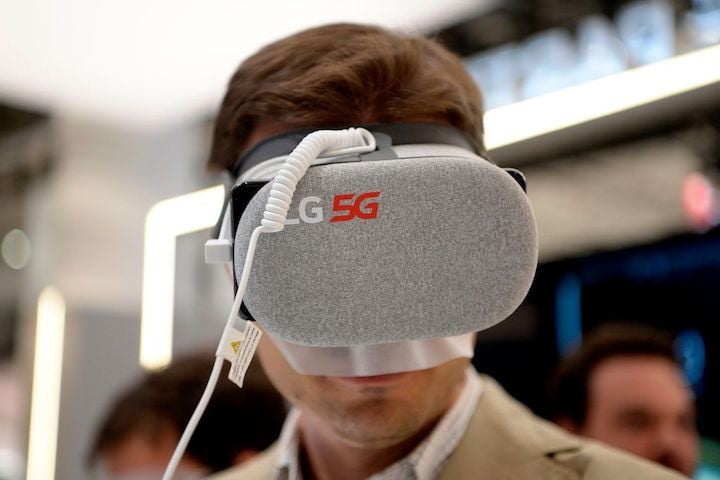 Homre with virtual reality headset at the MWC in Barcelona
