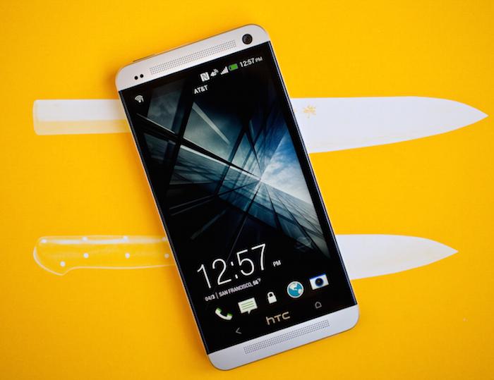 "HTC-One-knife ""width ="" 700 ""height ="" 539 ""srcset ="" https://www.funzen.net/wp-content/uploads/2020/02/Upgrade-HTC-One-M7-to-Android-5.1-It-seems-that.jpg 700w, https: //www.proandroid.com/wp-content/uploads/2015/03/HTC-One-knife-300x231.jpg 300w, https://www.proandroid.com/wp-content/uploads/2015/03/HTC -One-knife-624x480.jpg 624w ""sizes ="" (max-width: 700px) 100vw, 700px ""/></p><p class="