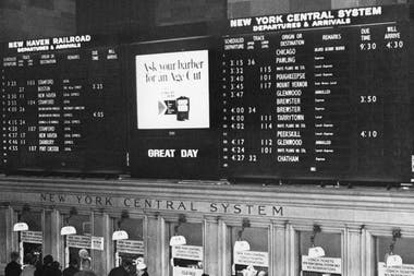 The Solari board at the Grand Central Terminal in New York, in 1966