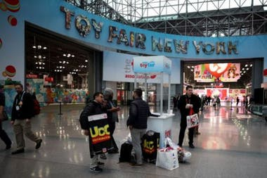 100 YouTube channel owners attended the New York Toy Fair this year
