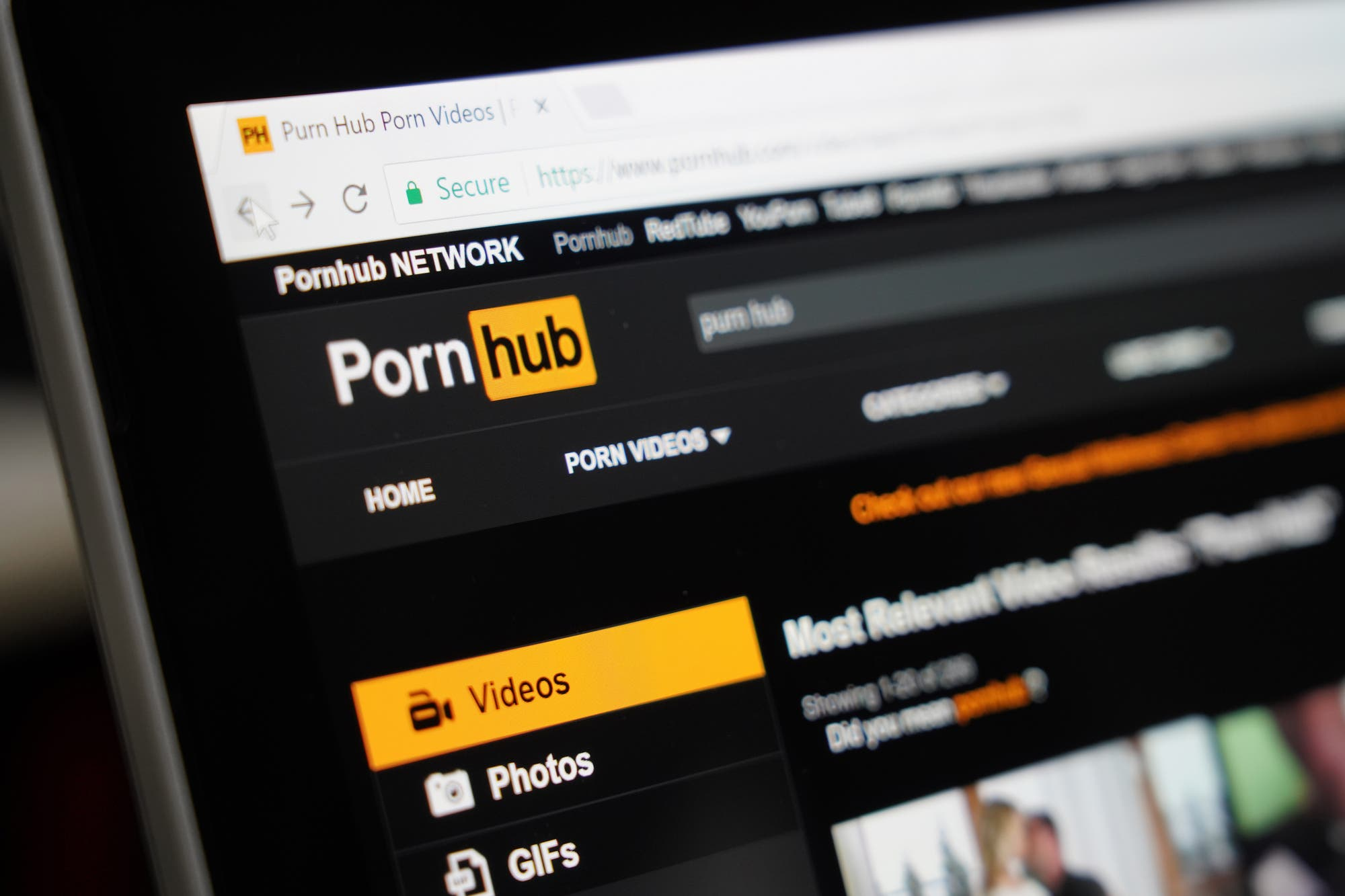 Porn in quarantine: more videos are seen at dawn and at noon according to PornHub