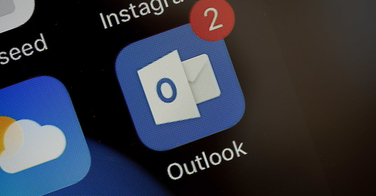 how to sync Outlook calendar with iPhone