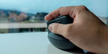 We choose the best ergonomic mouse to prevent pain and discomfort