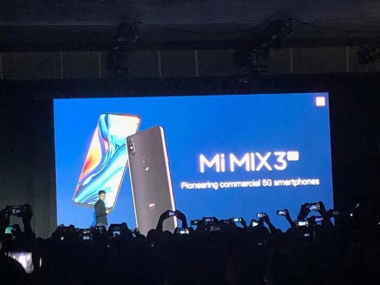 MWC 2019: Xiaomi presents the new Mi 9 and a 5G cell phone