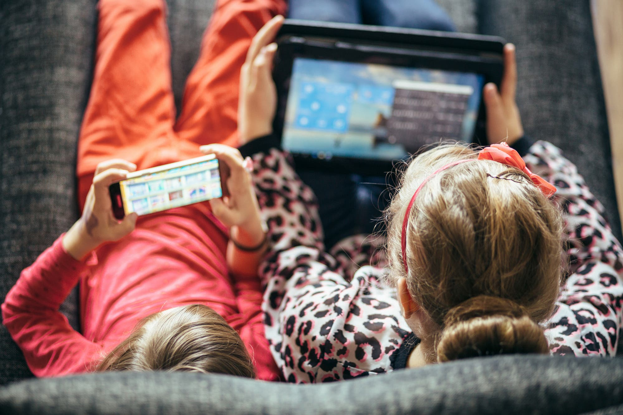 Digital resources to accompany and care for children in the use of technology during quarantine