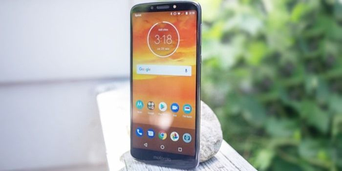 Moto E6s: specifications and price