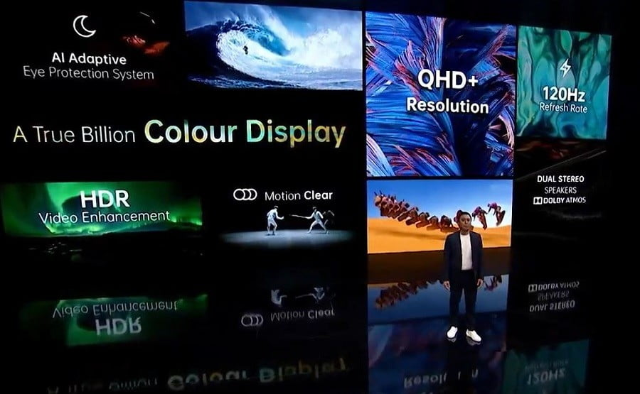 Michael Tran, marketing manager of Oppo Western Europe, in the presentation goes streaming of Find X2 series